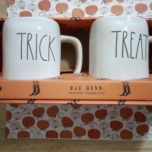 Rae Dunn Halloween Trick Treat mugs set